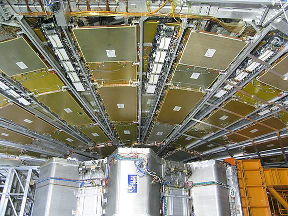 CERN_ATLAS_Experiment_1_